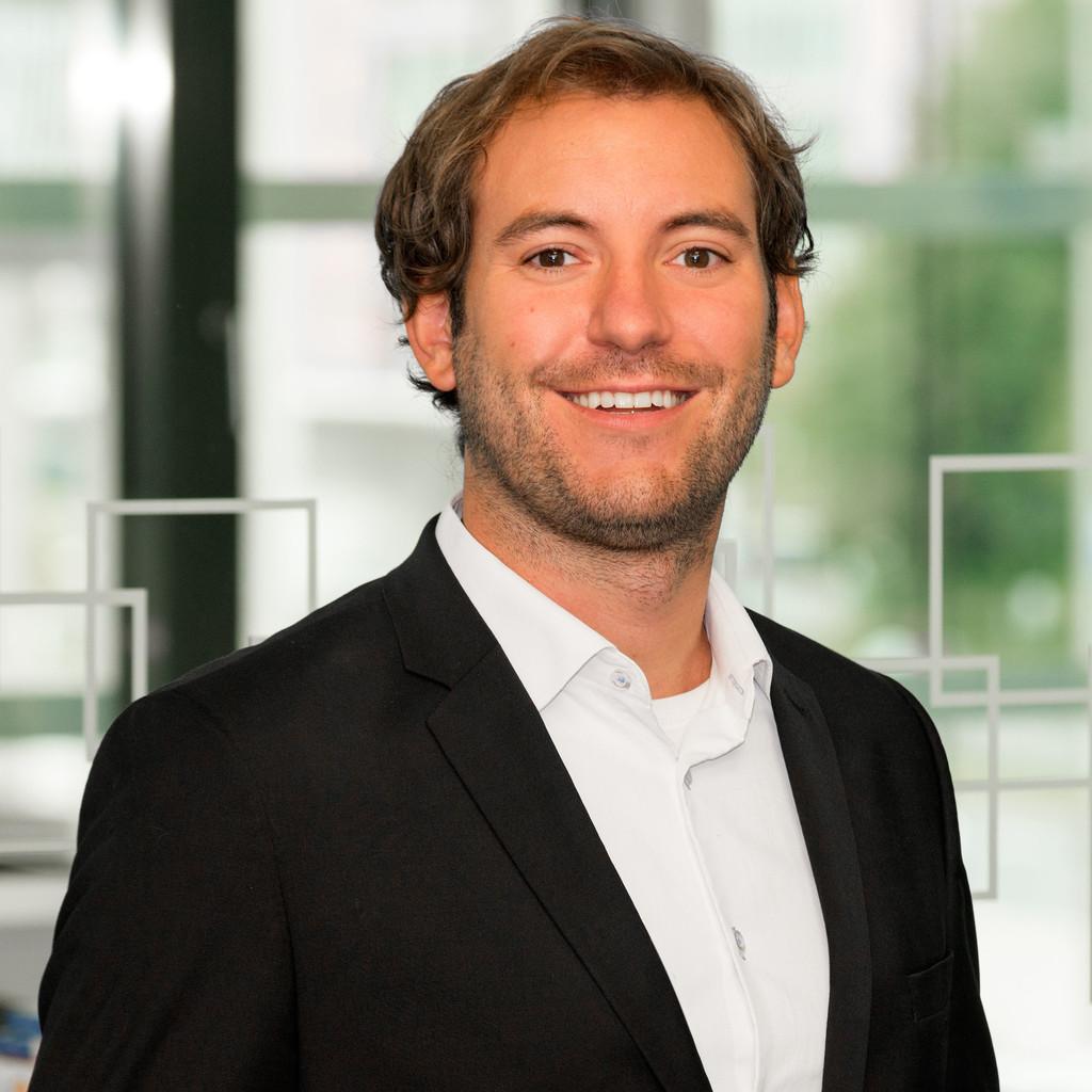 Dr. Bastian Baumgart